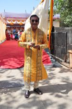 Abhishek Battacharya at Anurag Basu_s Saraswati Pooja on 13th Feb 2016 (11)_56c05f234e06b.JPG
