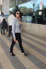 Prachi Desai snapped at airport on 13th Feb 2016 (49)_56c05e29c26c3.JPG