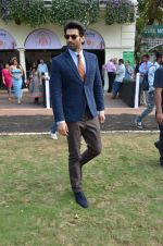 Aditya Roy Kapoor at Mid-Day race in Mumbai on 14th Feb 2016 (64)_56c184869b11e.JPG