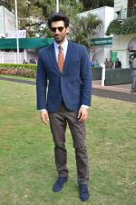 Aditya Roy Kapoor at Mid-Day race in Mumbai on 14th Feb 2016 (66)_56c184893c65d.JPG