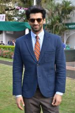 Aditya Roy Kapoor at Mid-Day race in Mumbai on 14th Feb 2016 (69)_56c1848cae9cb.JPG