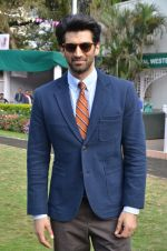 Aditya Roy Kapoor at Mid-Day race in Mumbai on 14th Feb 2016 (70)_56c1848dabcfb.JPG