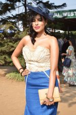 Gizele Thakral at Mid-Day race in Mumbai on 14th Feb 2016 (58)_56c184cf4557f.JPG