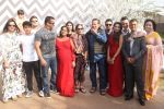 Salman Khan, Arpita Khan, Salim Khan, Salma Khan, Alvira Khan, Sohail Khan at Arpita Khan_s Baby shower in Mumbai on 14th Feb 2016 (23)_56c192fdb9bc0.JPG