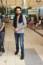 Shekhar Ravjiani snapped at airport on 15th Feb 2015