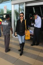 Surveen Chawla snapped at airport on 15th Feb 2015