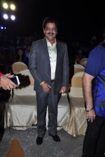 Udit Narayan at Sameer in Guinness book of records bash with music fraternity on 15th Feb 2016 (59)_56c2e45be1e76.JPG