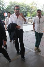 Jackie Shroff snapped at airport on 17th Feb 2016