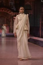 Model walk the ramp for Vikram Phadnis Show at Make in India show at Prince of Wales Musuem with latest Bridal Couture in Mumbai on 17th Feb 2016
