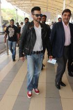 Sanjay Kapoor snapped at airport on 17th Feb 2016