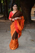Vidya Balan unveils Gaurang Shah_s summer collection in Mumbai on 17th Feb 2016 (20)_56c579d69351d.JPG