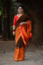 Vidya Balan unveils Gaurang Shah_s summer collection in Mumbai on 17th Feb 2016 (5)_56c579c7bbc4b.JPG
