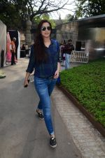 Sonali Bendre snapped in Mumbai on 18th Feb 2016