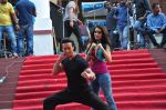 Tiger Shroff and Shraddha Kapoor on location of film Baaghi on 18th Feb 2016 (8)_56c6eea2e215c.JPG