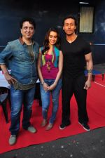 Tiger Shroff, Shraddha Kapoor, Sajid Nadiadwala on location of film Baaghi on 18th Feb 2016