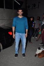 Aditya Roy Kapoor snapped in Mumbai on 19th Feb 2016 (23)_56c856c852ddf.JPG