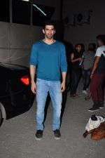 Aditya Roy Kapoor snapped in Mumbai on 19th Feb 2016 (24)_56c856c9746fb.JPG