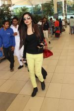 snapped at airport in Mumbai on 19th Feb 2016
