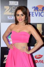 Amruta Khanvilkar at zee cine awards 2016 on 20th Feb 2016 (187)_56c9925abf2b2.JPG