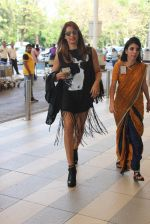 Bipasha Basu snapped at Airport on 20th Feb 2016
