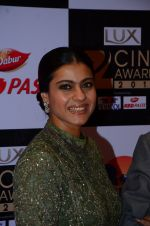Kajol at zee cine awards 2016 on 20th Feb 2016