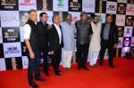 Mahesh Manjrekar at zee cine awards 2016 on 20th Feb 2016 (386)_56c9999664671.JPG