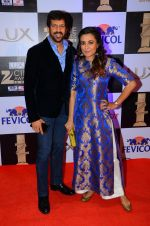 Mini Mathur, Kabir Bedi at zee cine awards 2016 on 20th Feb 2016