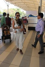 Priyanka Alva snapped at Airport on 20th Feb 2016 (56)_56c965763d955.JPG