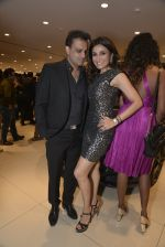 Queenie Dhody at Sukhbir Bagga_s Petal Maserati showroom launch  at Taj Hotel Airport in Mumbai on 20th Feb 2016 (59)_56c96763817cf.JPG