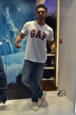 Ranveer Singh at Gap Jeans store launch in Mumbai on 20th Feb 2016 (107)_56c9672ed3c61.JPG