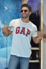 Ranveer Singh at Gap Jeans store launch in Mumbai on 20th Feb 2016 (108)_56c9672fcc298.JPG