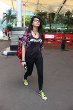 Shruti Haasan snapped at Airport on 20th Feb 2016