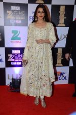 Sonali bendre at zee cine awards 2016 on 20th Feb 2016