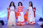 Bhagyashree walk for Maheka Mirpuri show in support of Terry Fox run in Mumbai on 21st Feb 2016 (145)_56cab41fb1b03.JPG