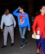 Katrina Kaif snapped as they board airline to Thailand on 21st Feb 2016