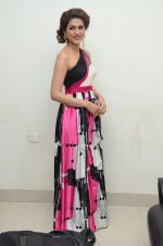 Shraddha Das wearing a Gavin Miguel from M the store at the audio launch of her movie Guntur Talk on 21st Feb 2016 (2)_56cab09d23f9c.JPG