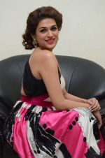 Shraddha Das wearing a Gavin Miguel from M the store at the audio launch of her movie Guntur Talk on 21st Feb 2016 (38)_56cab0c91dbe1.JPG