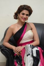 Shraddha Das wearing a Gavin Miguel from M the store at the audio launch of her movie Guntur Talk on 21st Feb 2016 (51)_56cab0e0aac7b.JPG