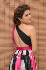Shraddha Das wearing a Gavin Miguel from M the store at the audio launch of her movie Guntur Talk on 21st Feb 2016 (53)_56cab0e43acbd.JPG