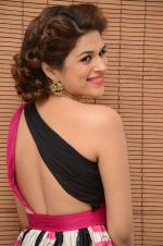 Shraddha Das wearing a Gavin Miguel from M the store at the audio launch of her movie Guntur Talk on 21st Feb 2016 (54)_56cab0e591321.JPG