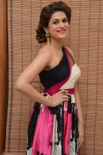 Shraddha Das wearing a Gavin Miguel from M the store at the audio launch of her movie Guntur Talk on 21st Feb 2016 (65)_56cab0f2b281c.JPG