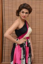 Shraddha Das wearing a Gavin Miguel from M the store at the audio launch of her movie Guntur Talk on 21st Feb 2016 (67)_56cab0f49df53.JPG