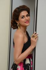 Shraddha Das wearing a Gavin Miguel from M the store at the audio launch of her movie Guntur Talk on 21st Feb 2016 (73)_56cab0f9d3404.JPG