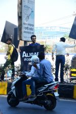 Rajkummar Rao at Aligarh promotions at Juhu circle on 23rd Feb 2016
