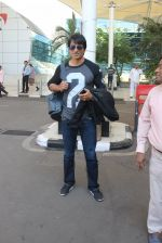 Sonu Sood snapped at airport on 23rd Feb 2016 (18)_56cd625e3db45.JPG