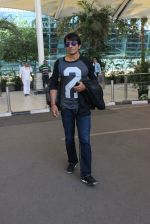 Sonu Sood snapped at airport on 23rd Feb 2016 (20)_56cd62608026c.JPG