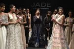 Esha Gupta walks for Jade Fashion Show in Mumbai on 24th Feb 2016 (105)_56cea47004a9d.JPG