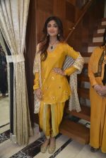 Shilpa Shetty at Diagold store on 25th Feb 2016