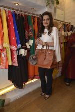at abusandeep store launch in bandra on 26th Feb 2016  (38)_56d18d60657aa.JPG