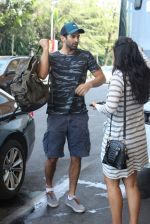 Aditya Roy Kapoor snapped at the airport in Mumbai on 26th Feb 2016